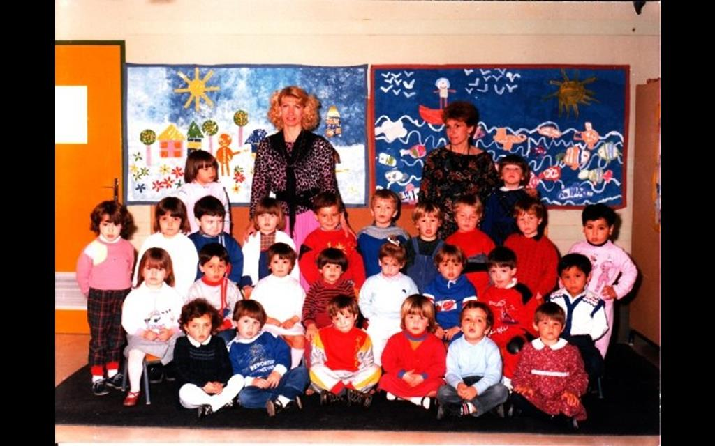 1- MATERNELLE Mme Aguesse, blonde (Copy)